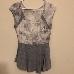 Urban Outfitters Top Lace details size M
